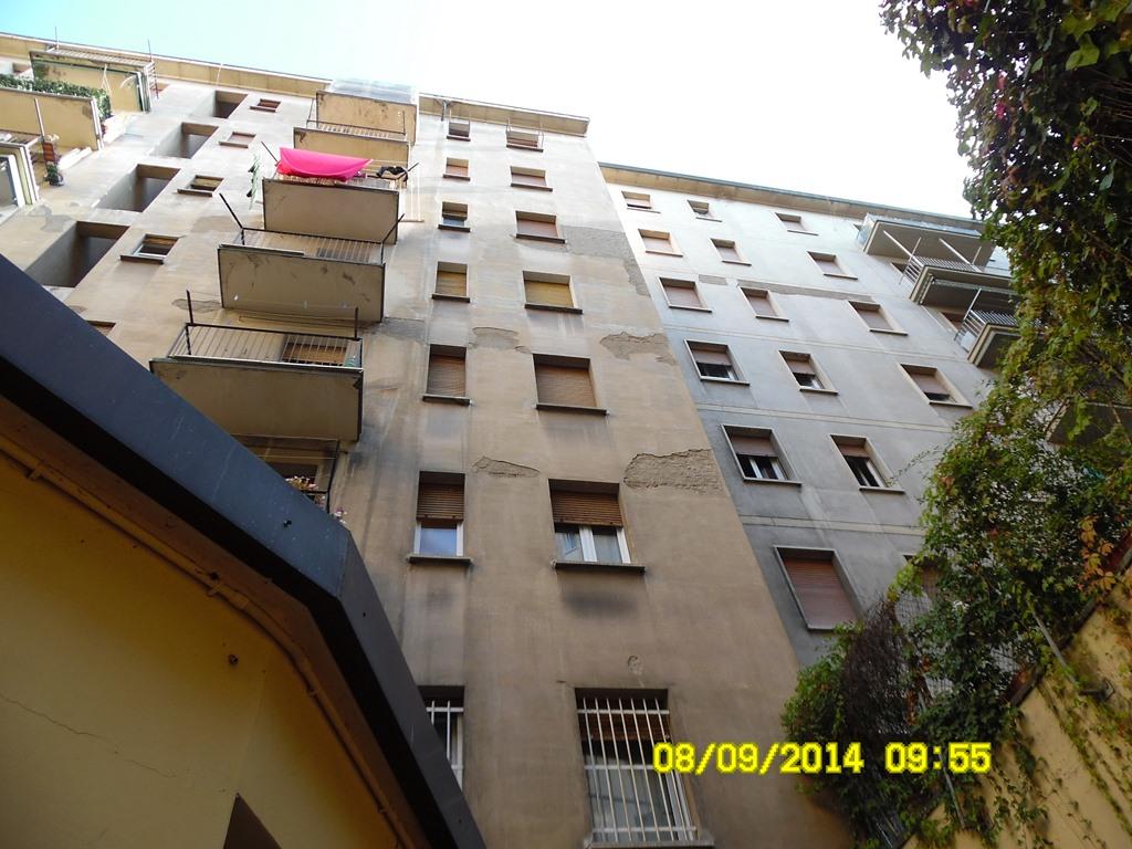 Corte interna del condominio danneggiata