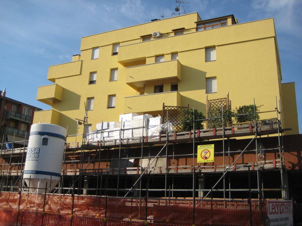 Balconi Esterni Condominio : Rifacimento di facciata balconi e terrazzi condominiali a bologna