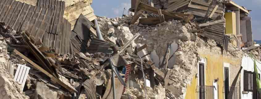 Edificio distrutto da un terremoto